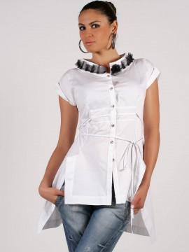 Дамска риза с дантела на яката