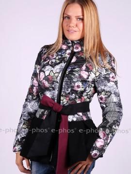Елегантно дамско яке във флорален десен