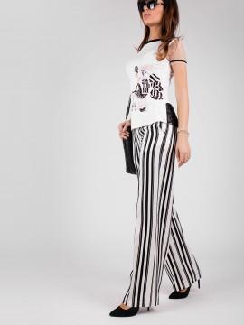Дамски панталон със свободен силует в рае бяло и черно