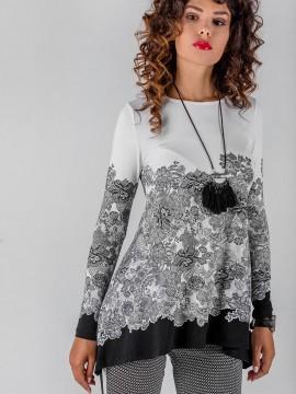 Дамска трикотажна блуза със свободен силует