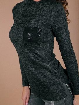 Дамско полуполо с дълъг ръкав и джобче с пайети