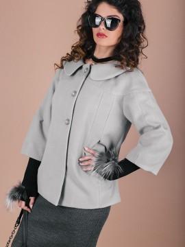 Kъсо палто в светло сив цвят