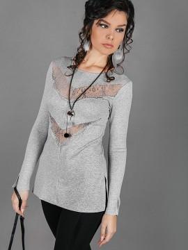 Елегантна блуза със сребърна метализирана нишка