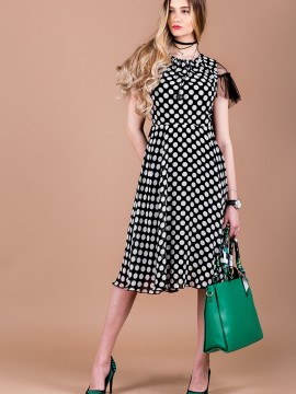 Ефирна рокля на точки