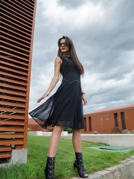 Дамска разкроена рокля в черно