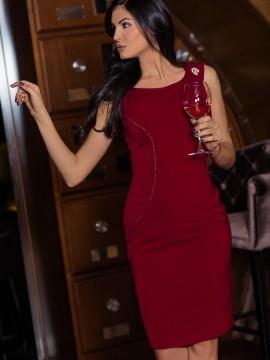 Стилна дамска рокля в наситено червено