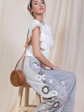 Дамски ленен панталон с бродерия