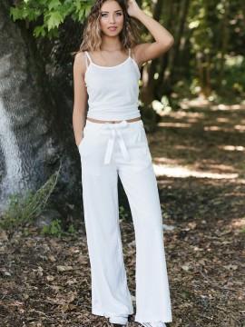 Дамски панталон в бял цвят
