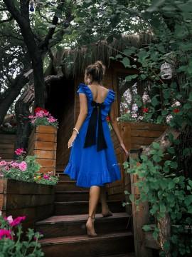 Кокетна дамска рокля от лен