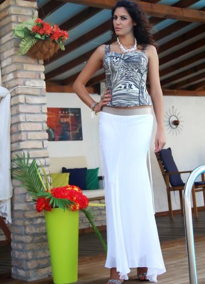 Дълга бяла пола