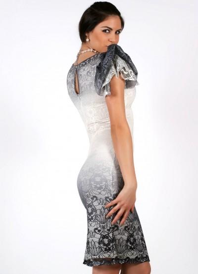Дантелена рокля с цепка
