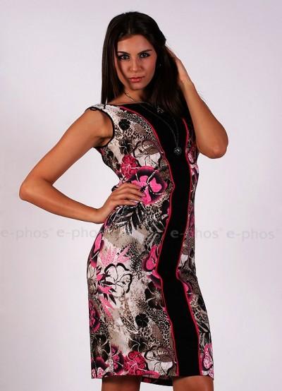 Вталена цветна рокля с дантелен гръб
