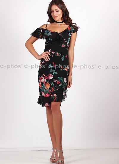 Елегантна дамска рокля с асимитрично деколте