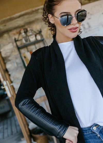 Спортно елегантна жилетка в черно