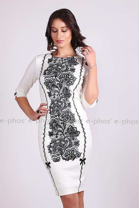 Елегантна рокля с дизайнерски принт