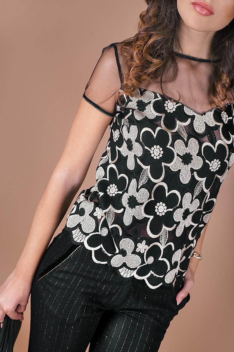 Красива блуза от италианска бродирана дантела в черен и златист цвят