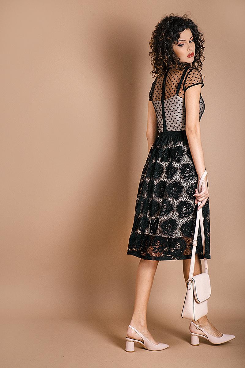 Фина дамска рокля от черна дантела и тюл на точки