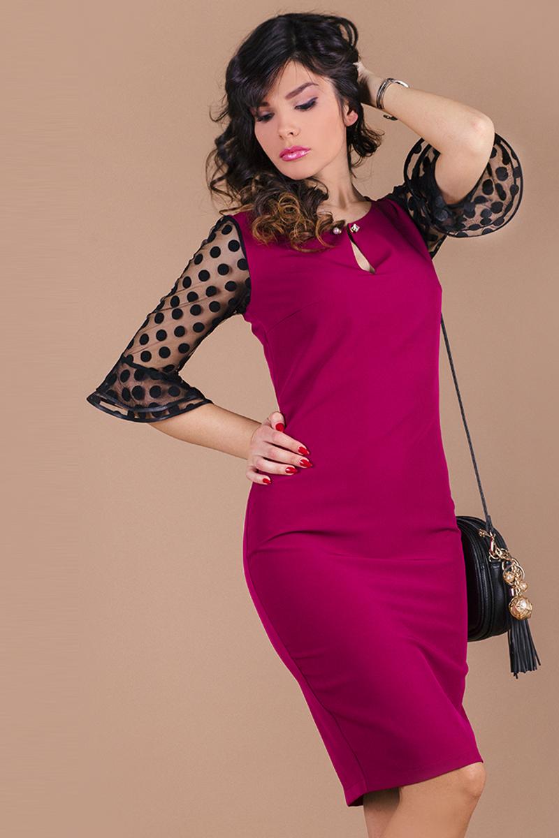 Елегантна дамска рокля с красива брошка/игла