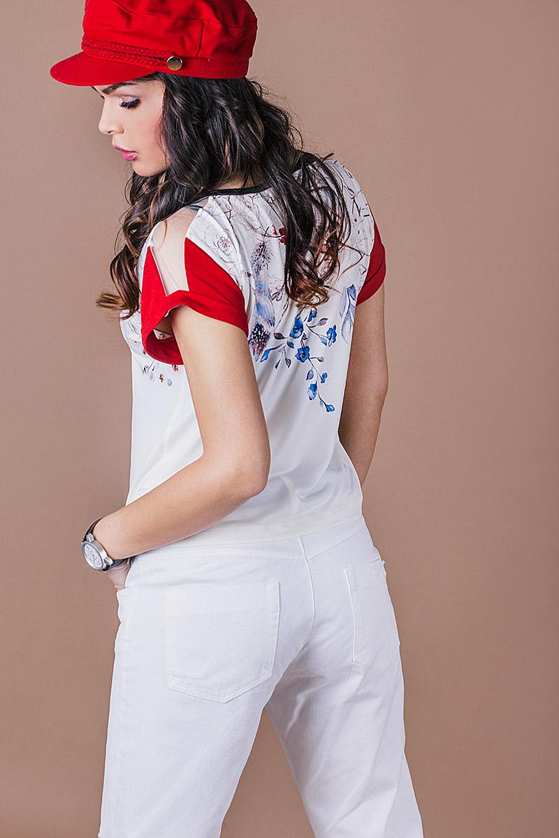 Дамска блузка с авторски принт