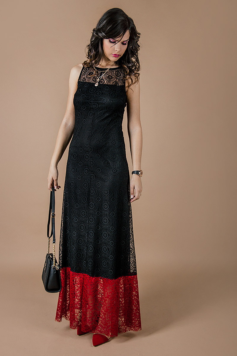 443238fc56d Дълга дамска рокля от красива дантела - Ephos България - Онлайн ...