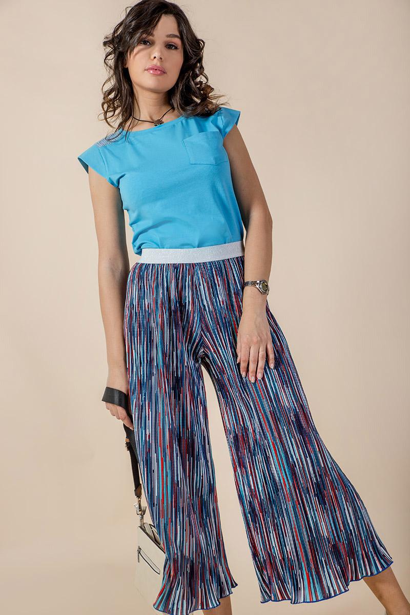 Дамска блузка в син цвят