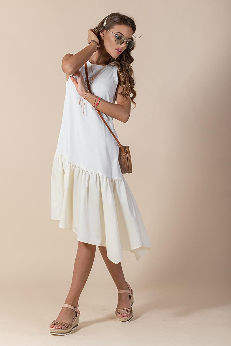 Кокетна дамска рокля в цвят екрю