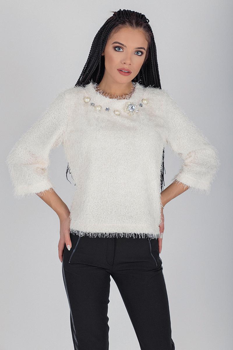 Дамска блуза с декорация камъни на деколтето